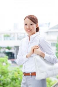 転職した女性イメージ